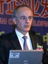 法国电信高级执行副总裁贝纳夫