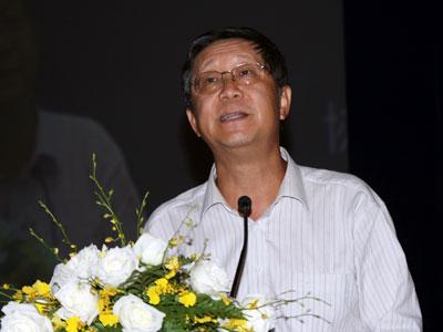 唐双宁谈金融衍生品五级分类监管问题