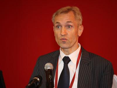 达信董事长:保险业通过创新来支持绿色产业