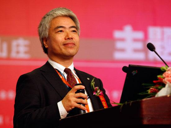 日航中国区副总裁上滨健一(新浪财经 陈鑫 摄)