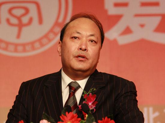 天津天狮集团董事长李金元(新浪财经 任立殿 摄)