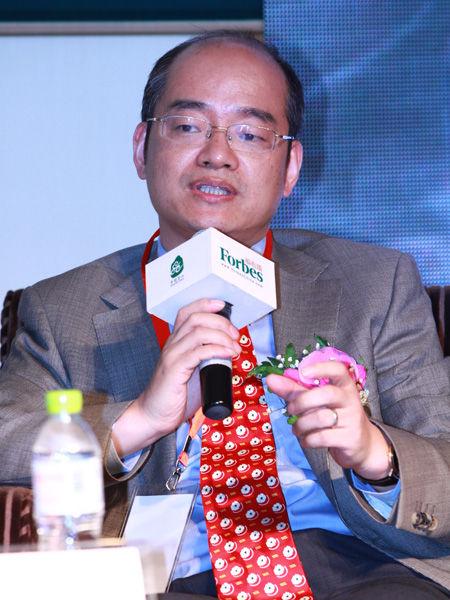 """""""福布斯中国县级城市投资与发展论坛""""于2012年9月26日在江苏昆山举行。上图为英格索兰亚太区总裁余锋。(图片来源:新浪财经)"""