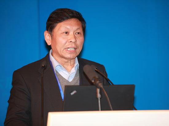 """""""第六届全球PE北京论坛""""于2014年12月6日在北京召开。上图为中国经济体制改革研究会顾问宋晓梧。(图片来源:新浪财经 梁斌 摄)"""