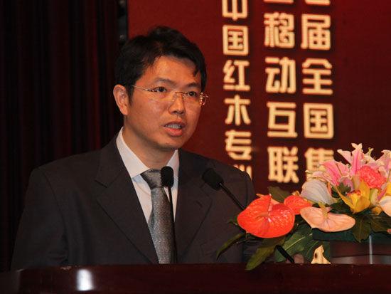 中国电信集团公司客户服务部副总经理黄智勇