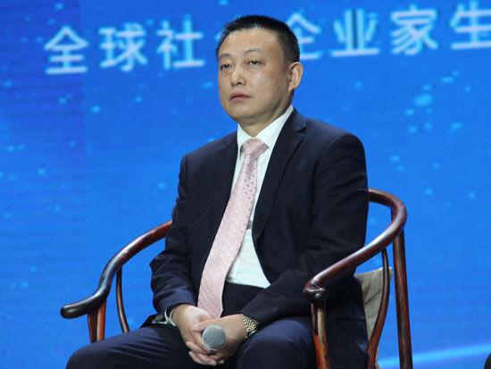 """""""首届全球社会企业家生态论坛""""于2015年11月25日-27日在北京召开。上图为奇才股份董事长费福根。(图片来源:新浪财经)"""