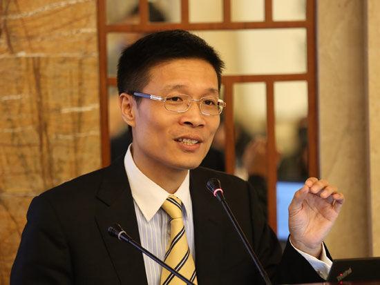 中国银河证券基金研究中心总经理胡立峰