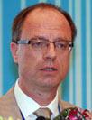 安赛乐米塔尔公司全球副总裁罗兰・威斯本