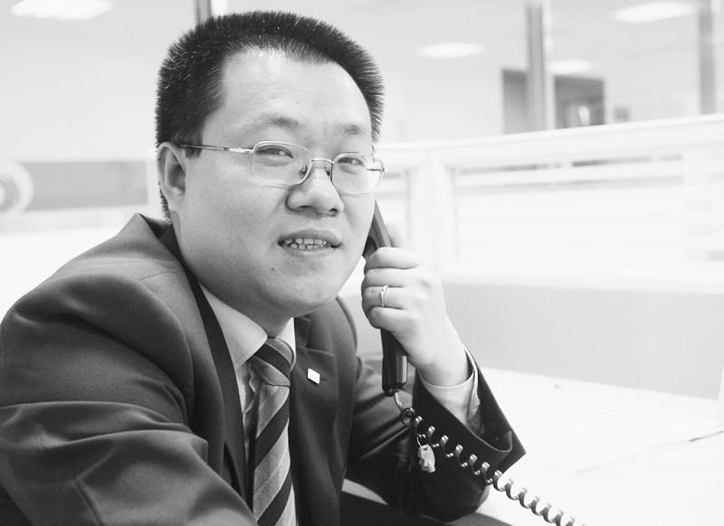泰康人寿经理杨天裕:投连险比基金更能抗跌_滚