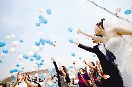 游轮婚礼_图文:征集20对新人豪华游轮上办集体婚礼
