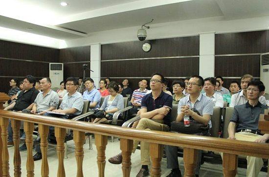 杭州铁路运输法院组织铁路经营管理人员参与庭审旁听
