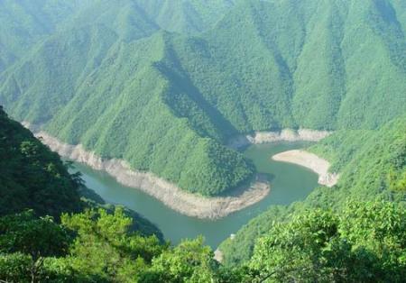"""九成旅游者支持""""中国旅游日""""景区免费游览"""