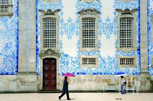 有种蓝叫葡萄牙 行走在瓷砖描摹的世界里(组图)