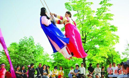 韩国端午祭注入现代元素 给节庆保护留下思考(图)