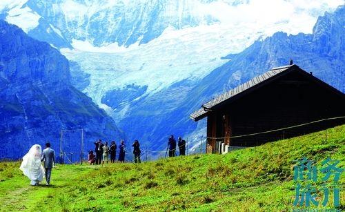 徒步瑞士少女峰:踩上云端叩开天堂之门(组图)