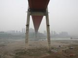 重庆河道变窄河床裸露