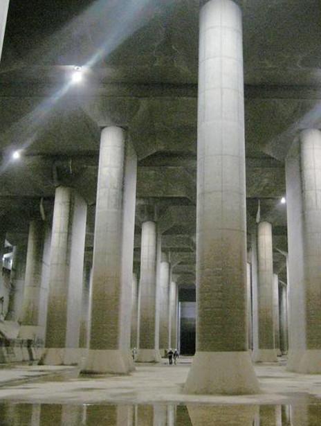 �|京地下的巨型分洪工程