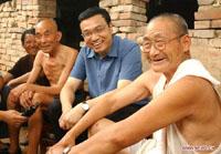 李克强与河南新乡农民聊天