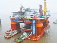 越媒:中国向钻井平台海域加派两艘军舰