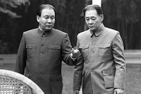 电视剧《历史转折中的邓小平》中的胡耀邦