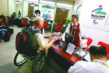 残奥会轮椅记者进场馆可享专人服务