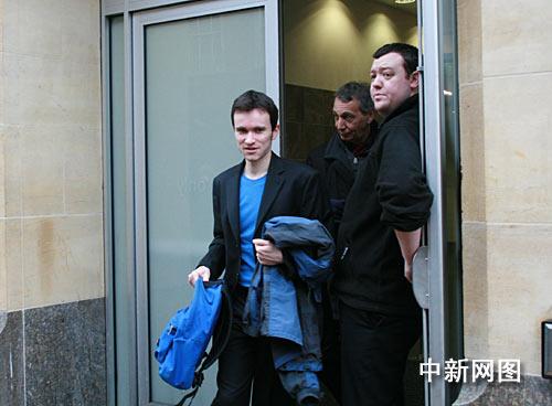 干扰温家宝演讲者自称无罪法庭3月10日再审