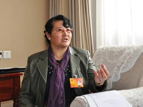 色珠代表:加大西藏科技人才投入是双赢措施