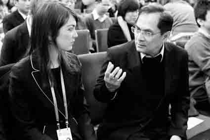 俄记者12次参加总理记者会称温家宝像朋友
