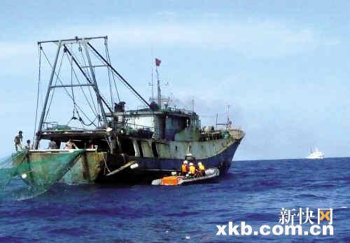 渔船彩色简笔画