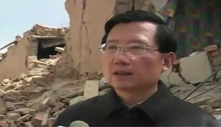 青海省委书记视察玉树灾区两次感动落泪