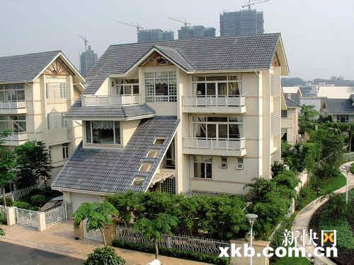 宏城花园曾是广州最贵豪 宅斜坡屋顶统一风格