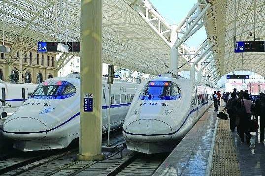 今后城际铁路建成后,济南与周边各市将实现半小时通达(资料片)。  本报记者 周青先 摄