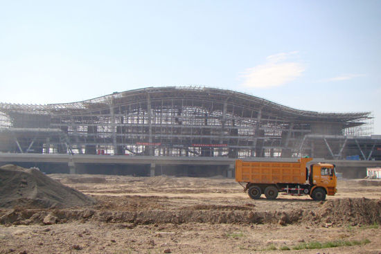 新疆奎北铁路克拉玛依火车站即将竣工国庆节前通车