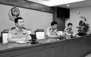 昨天,河北邯郸,当地警方发布该市邯山区区长张海忠身亡原因,系抑郁自杀。