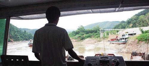 湄公河惨案发生后,谭建华不知道该留下还是离开本报记者 张训武 实习生 张宪江 摄