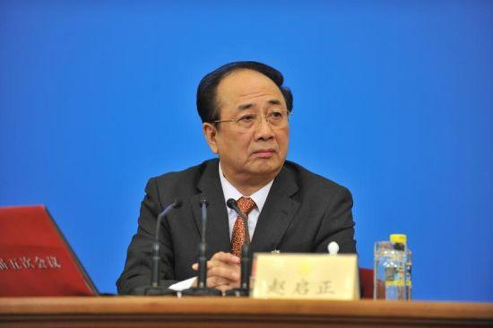 3月2日,全国政协十一届五次会议在北京人民大会堂举行新闻发布会,大会发言人赵启正介绍会议有关情况并回答中外记者提问。