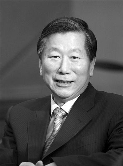 中国证监会主席尚福林:民间资本进银行业细则将出台。