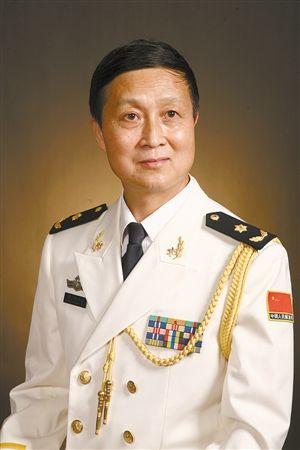 1949年生于温州苍南.