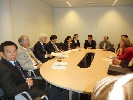 欧洲议会欧中友好小组主席会见欧华联会代表团