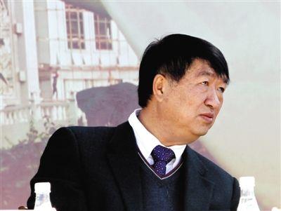 2012年12月,时任普洱市委书记的沈培平。图/CFP