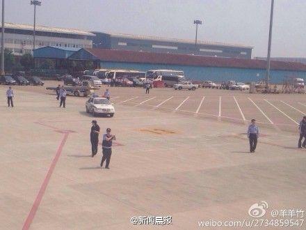 上海1架飞往新疆飞机备降南京