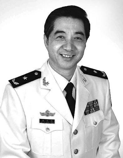 张召忠:退休后还会当评论员 没劲反驳网友质疑