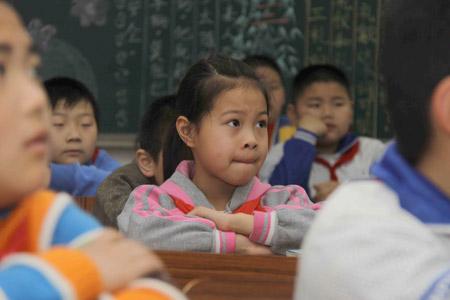 作文:南平v作文组图心理听学生辅导课_年级中心小学小学动物园的新闻二图片