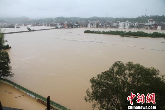 龙村圩镇受浸。 张炳锋 摄