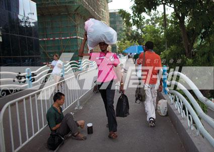 非洲商人广州生活纪实:疲于应对签证过期