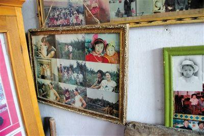 宋吉彬家墙上的旧相框里,宋林妻子(右)早年的照片还保存着。