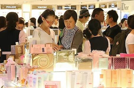 2014年访韩外国游客破1400万人次中国人居首