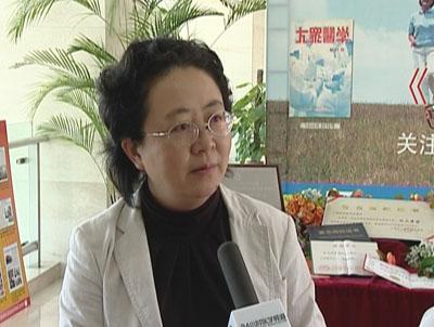 组图:上海市精神卫生中心院长肖泽萍