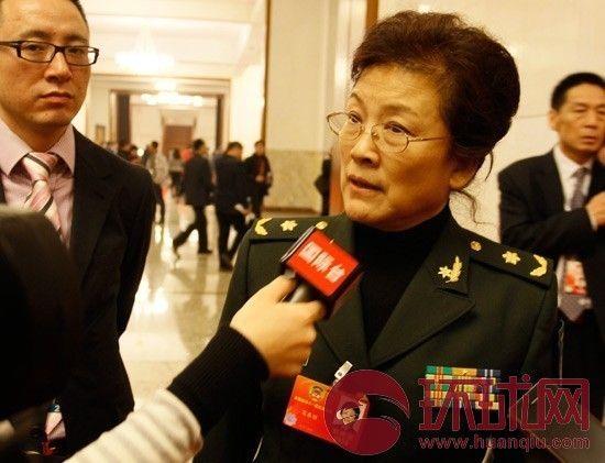 宋春丽接受记者采访