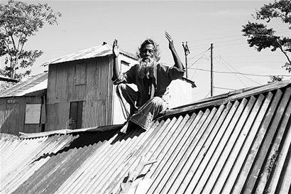 图文:孟加拉国灾民急盼重建家园