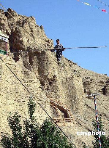 6月2日,新疆吐鲁番著名的国家5a级风景区葡萄沟